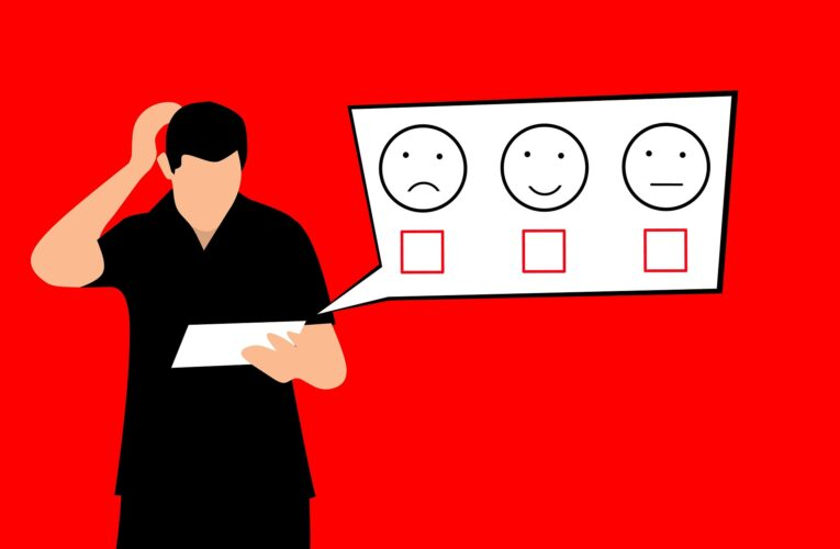 Ochrona klienta a edukacja. Czy regulacje zastąpią wiedzę i zdrowy rozsądek?